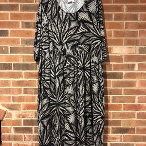 ULLA POPKEN Black & White Tropical Sz 32/34 Dress
